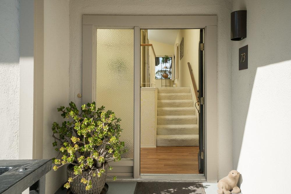 19a.front door.jpg