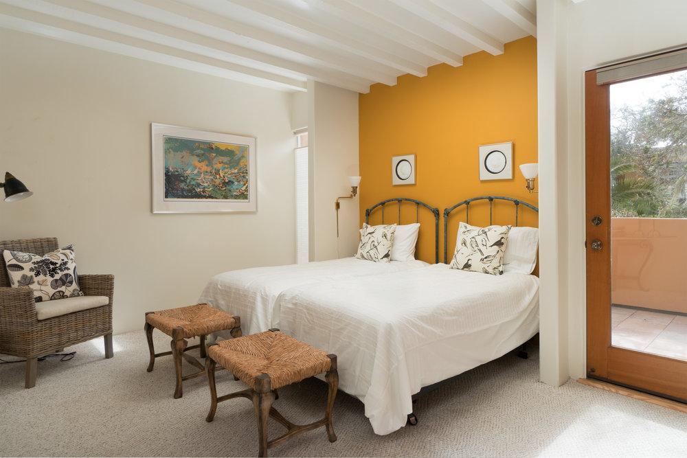 25 bedroom 2-1.jpg