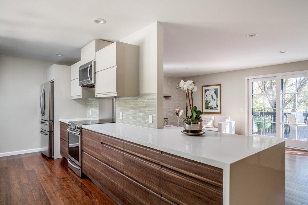 11. kitchenliving 1.jpg
