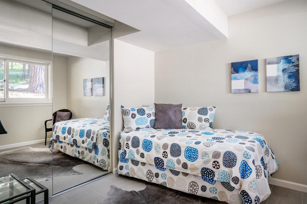 23.bedroom3.jpg