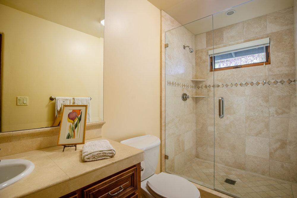 25 bath 2.jpg
