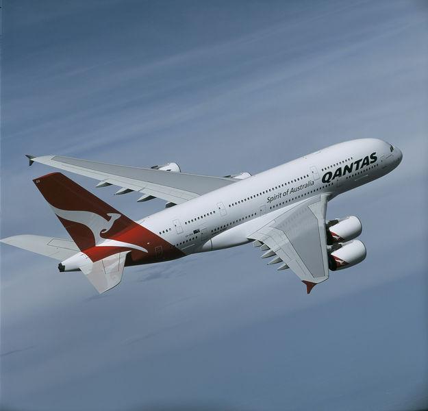 A380_QFA_inflight_hr.jpg