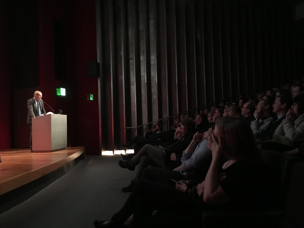 John Lloyd delivering his talk at the British Museum
