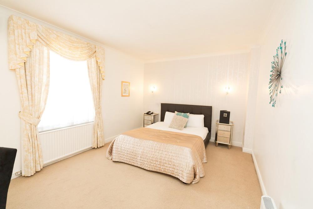 Bedrooms-030.jpg