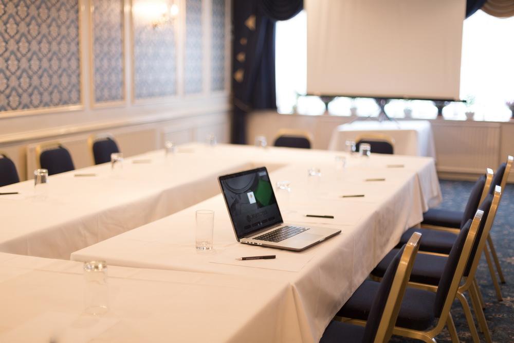 Conferences-015.jpg