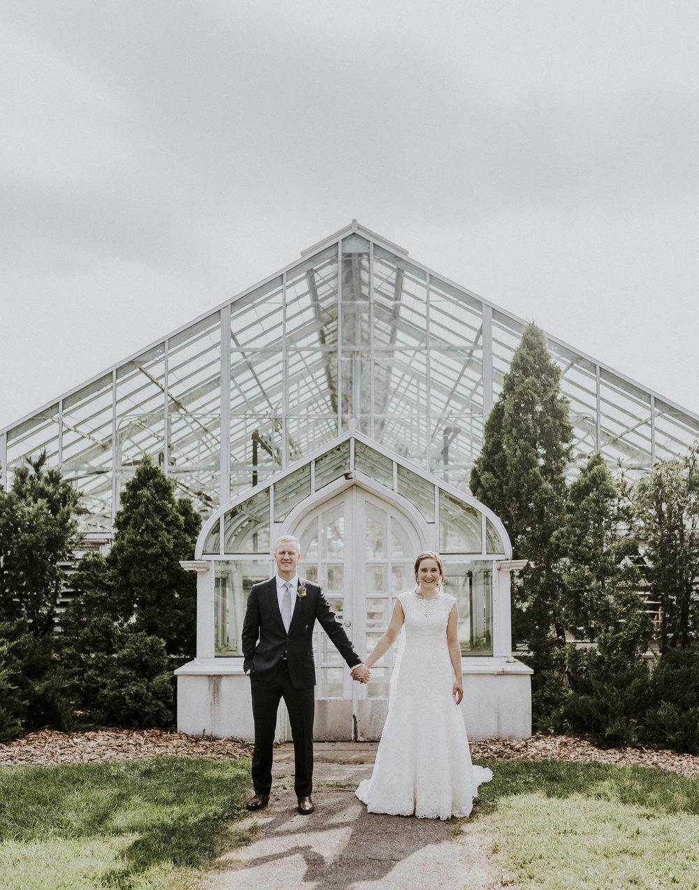 BRIDE+GROOM-PORTRAITS-011.jpg