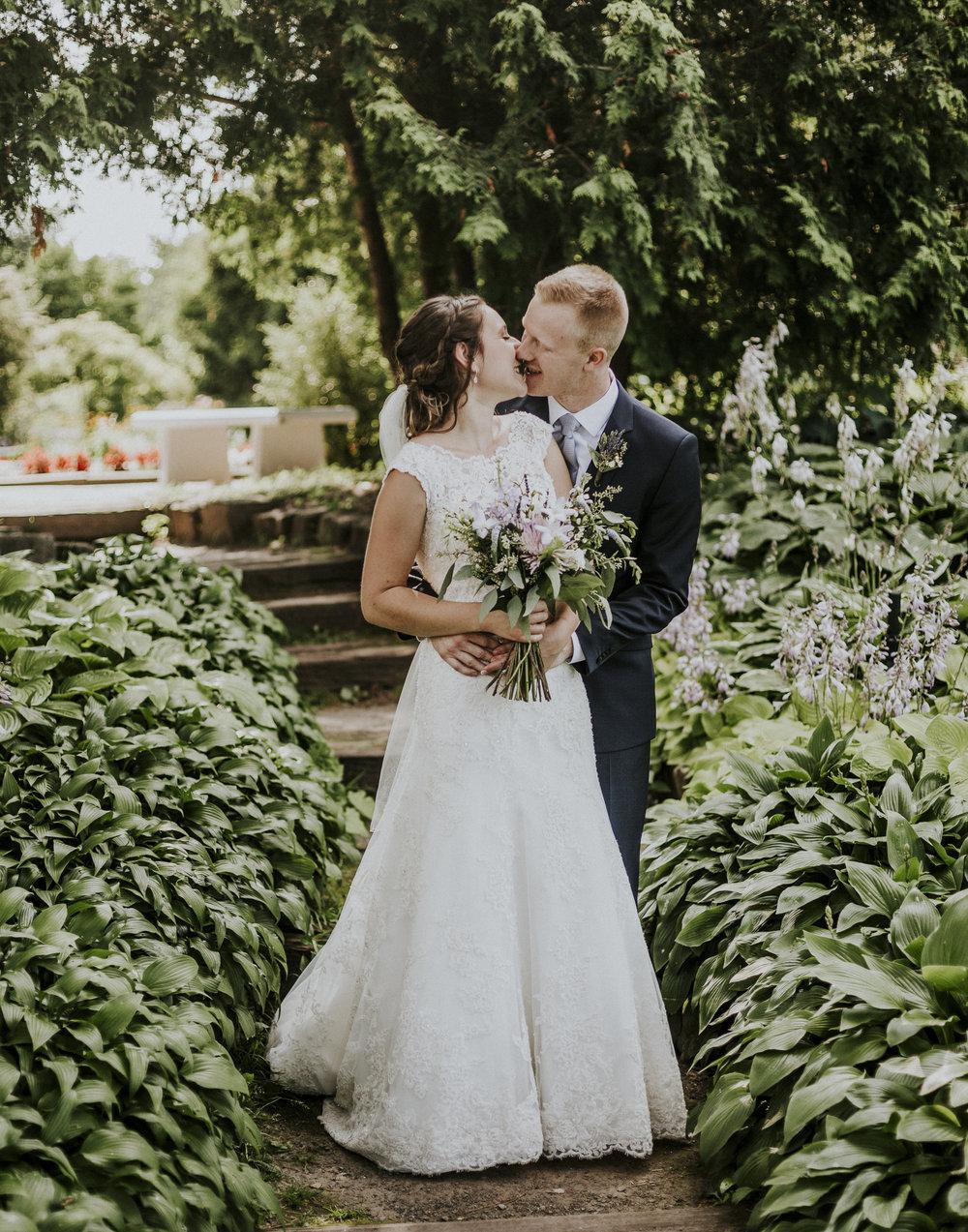 BRIDE+GROOM-PORTRAITS-016.jpg
