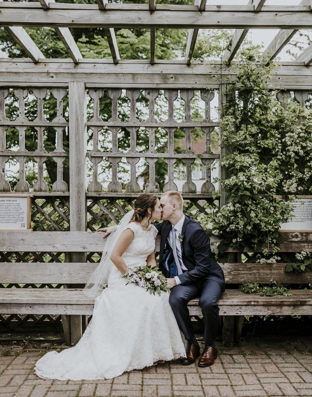 BRIDE+GROOM-PORTRAITS-039.jpg