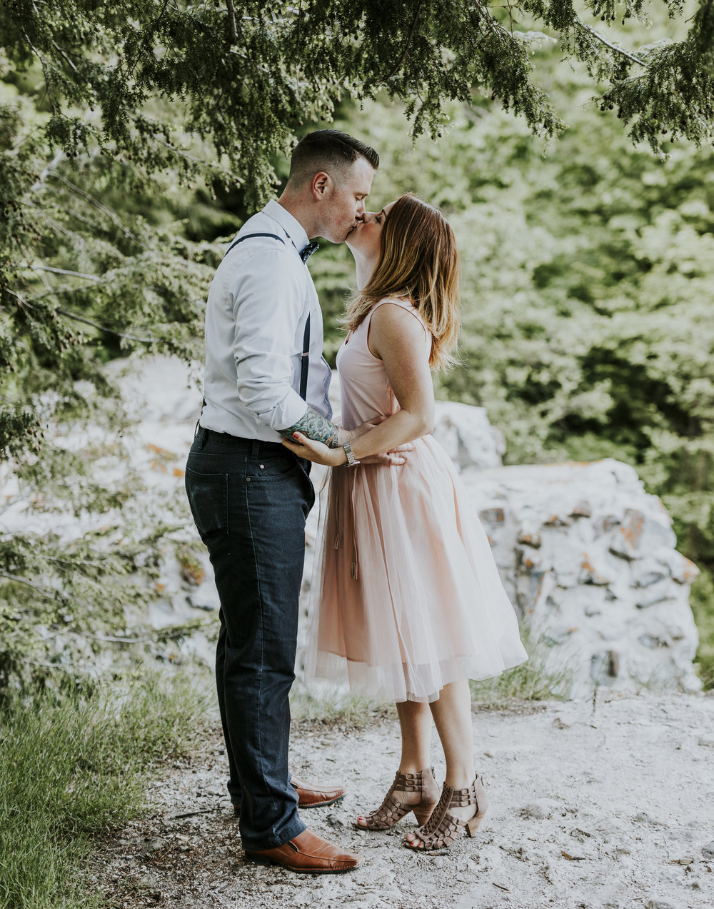 2018-06-10 Lindsey + Joe Engagement-023.jpg