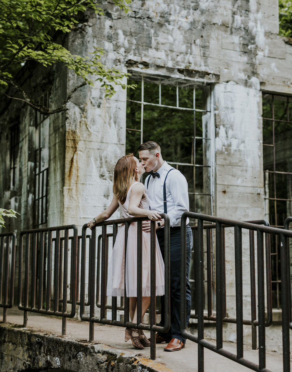 2018-06-10 Lindsey + Joe Engagement-034.jpg