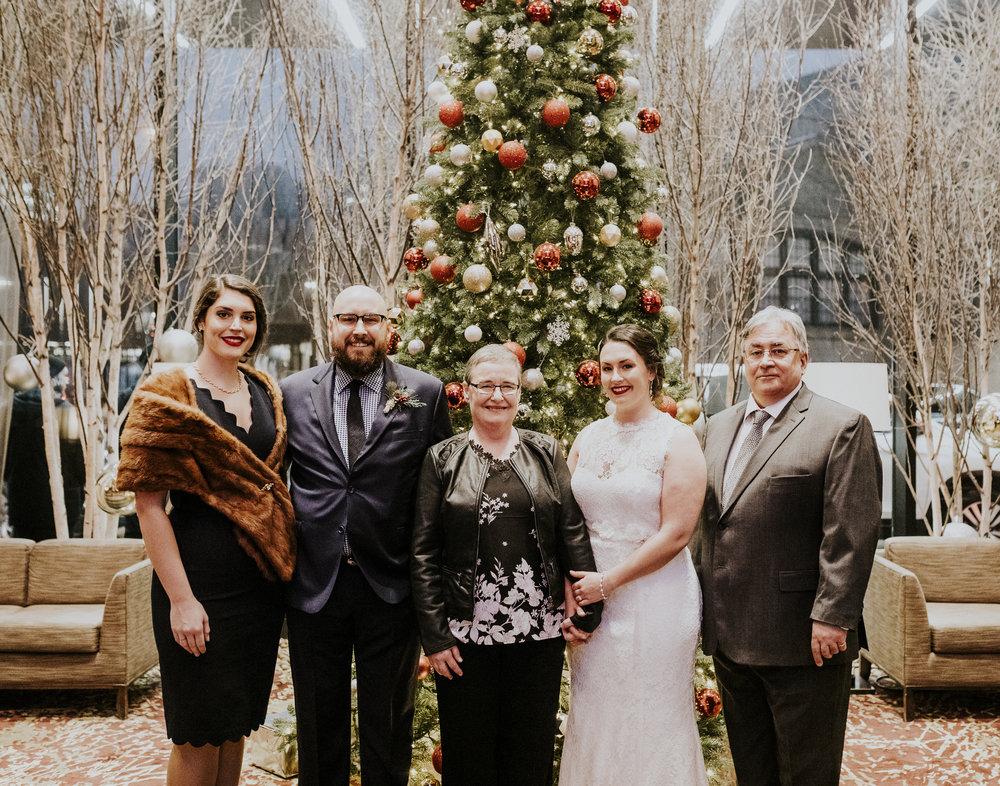 002_Family Formals-013.jpg
