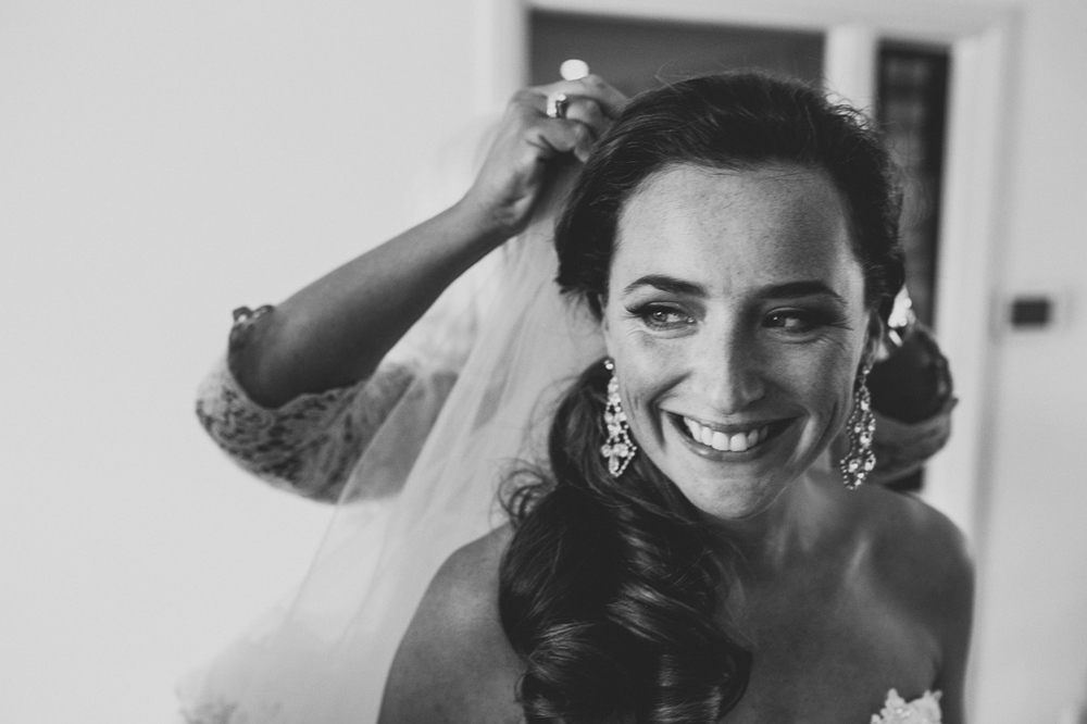Wedding photographer from the Hague and the gorgeous bride