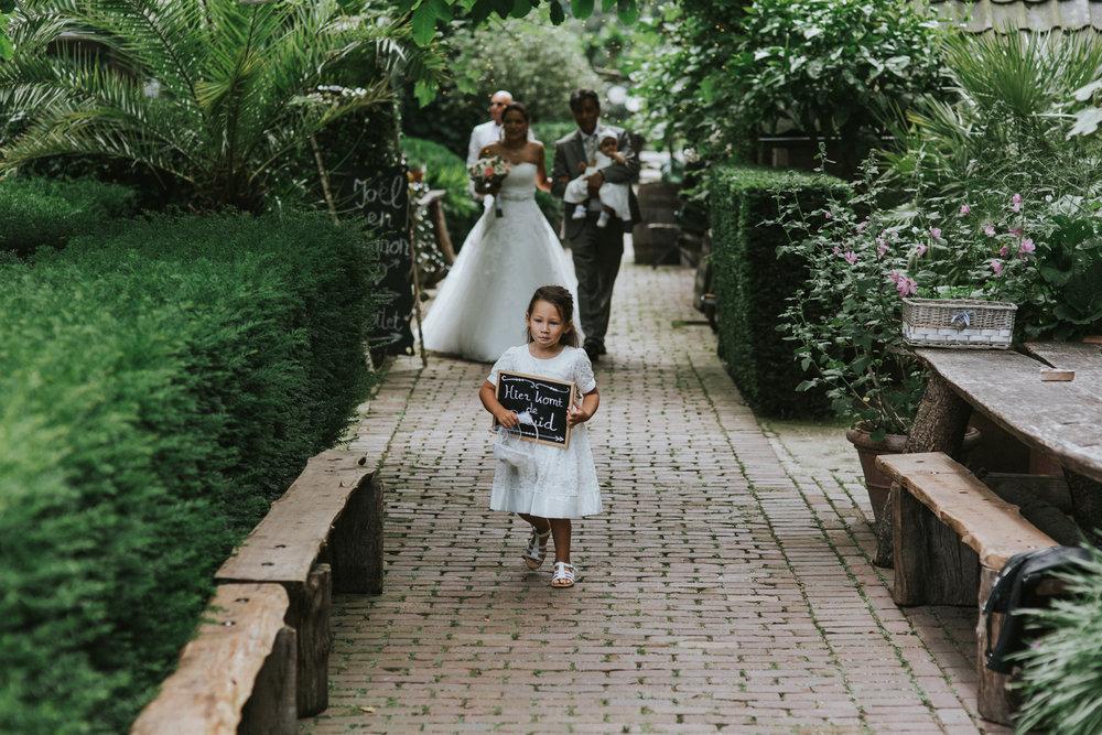 bruidsfotoraaf-bohemian-wedding-domaine-heerstayen-21.jpg