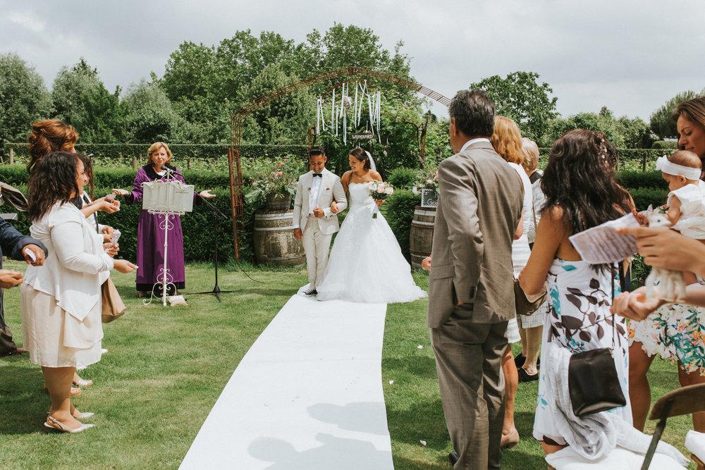 bruidsfotoraaf-bohemian-wedding-domaine-heerstayen-35.jpg