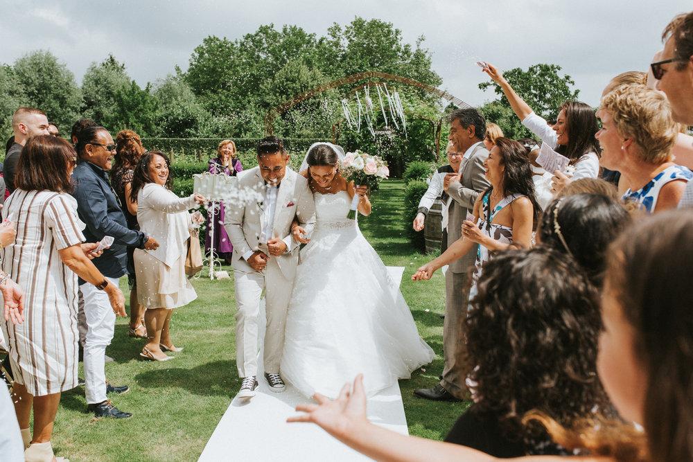 bruidsfotoraaf-bohemian-wedding-domaine-heerstayen-36.jpg