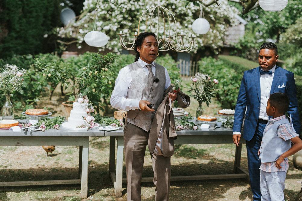 bruidsfotoraaf-bohemian-wedding-domaine-heerstayen-37.jpg