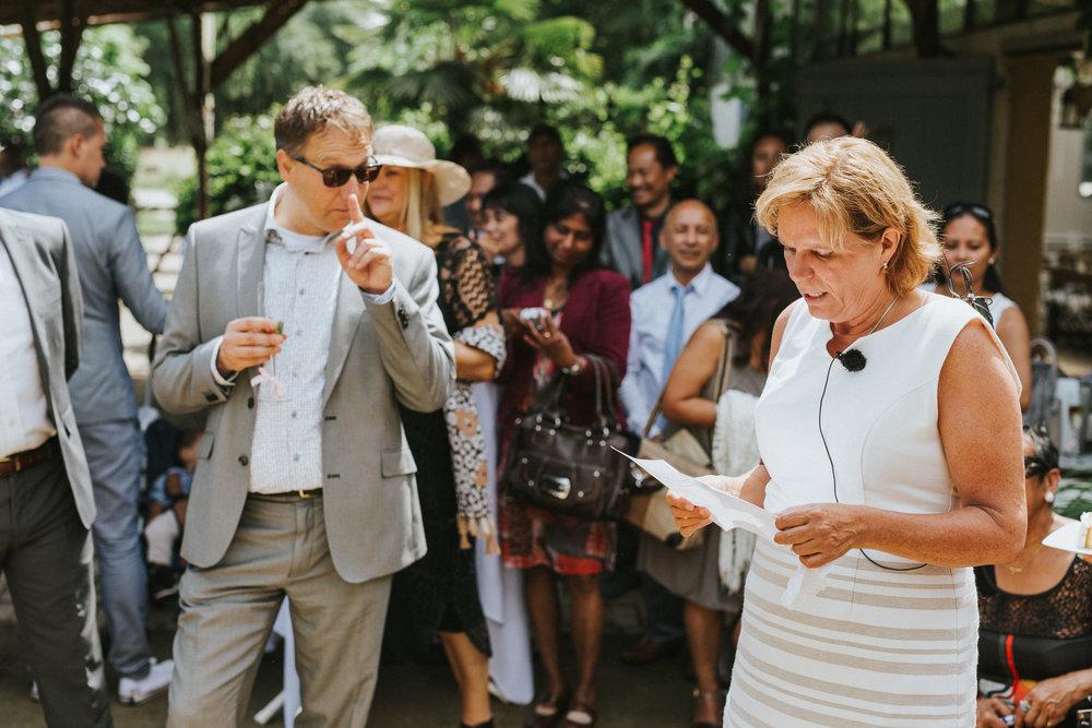 bruidsfotoraaf-bohemian-wedding-domaine-heerstayen-42.jpg