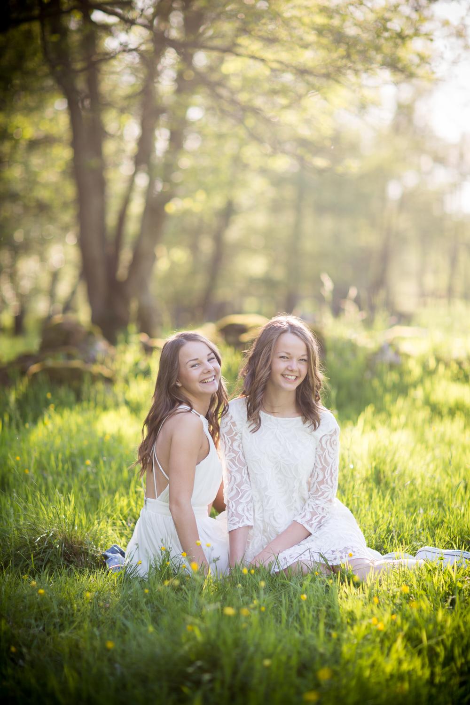 Emelie & Julia-204.jpg