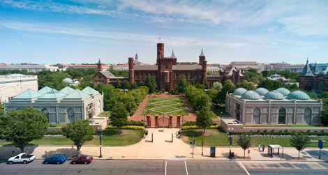 smithsonian-castle-mall.jpg
