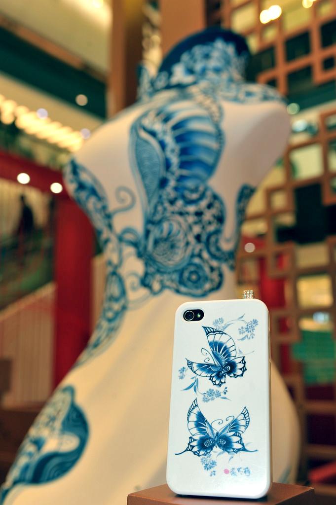 香港青衣城   2013年由香港青衣城籌備企劃,受邀設計青花瓷主題展區。