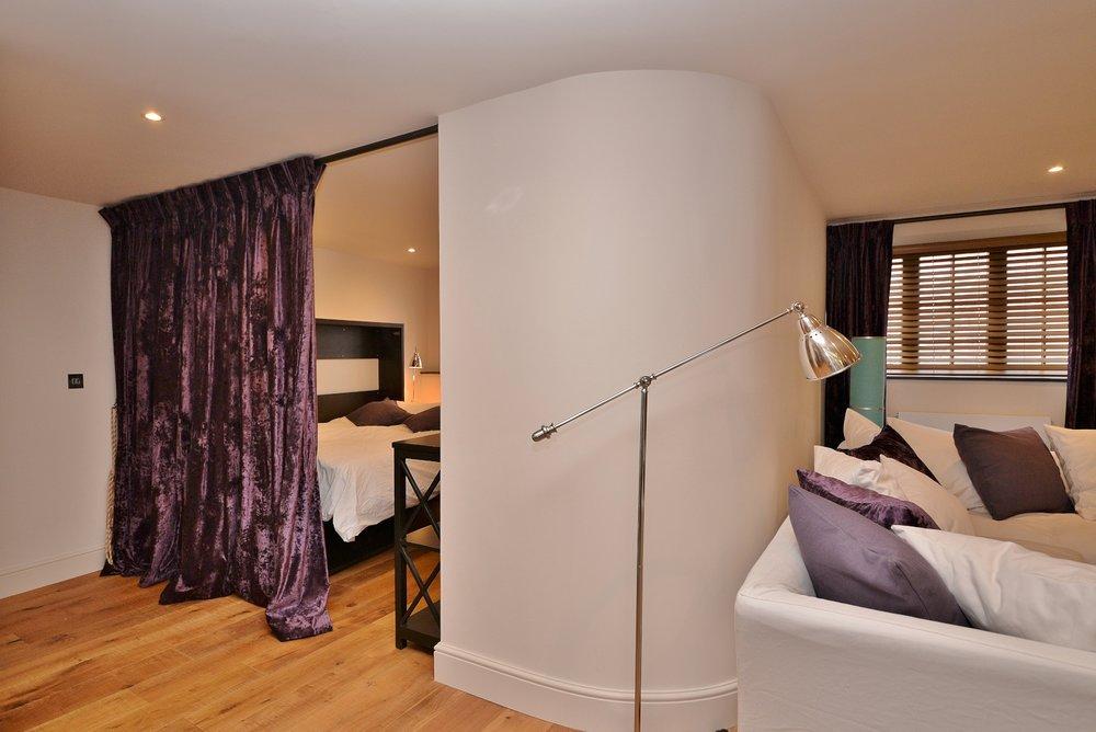 Fold down bedroom (2).jpg