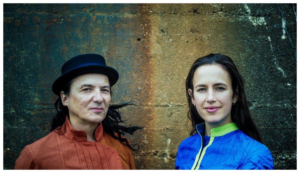 Usynlige grenser - Audioveisuell musikk og fortellerforestilling med Torgeir Vassvik og Ellen Jerstad. Passer for alle fra 5 år og oppover.