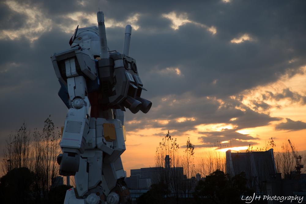 Gundam at sunset