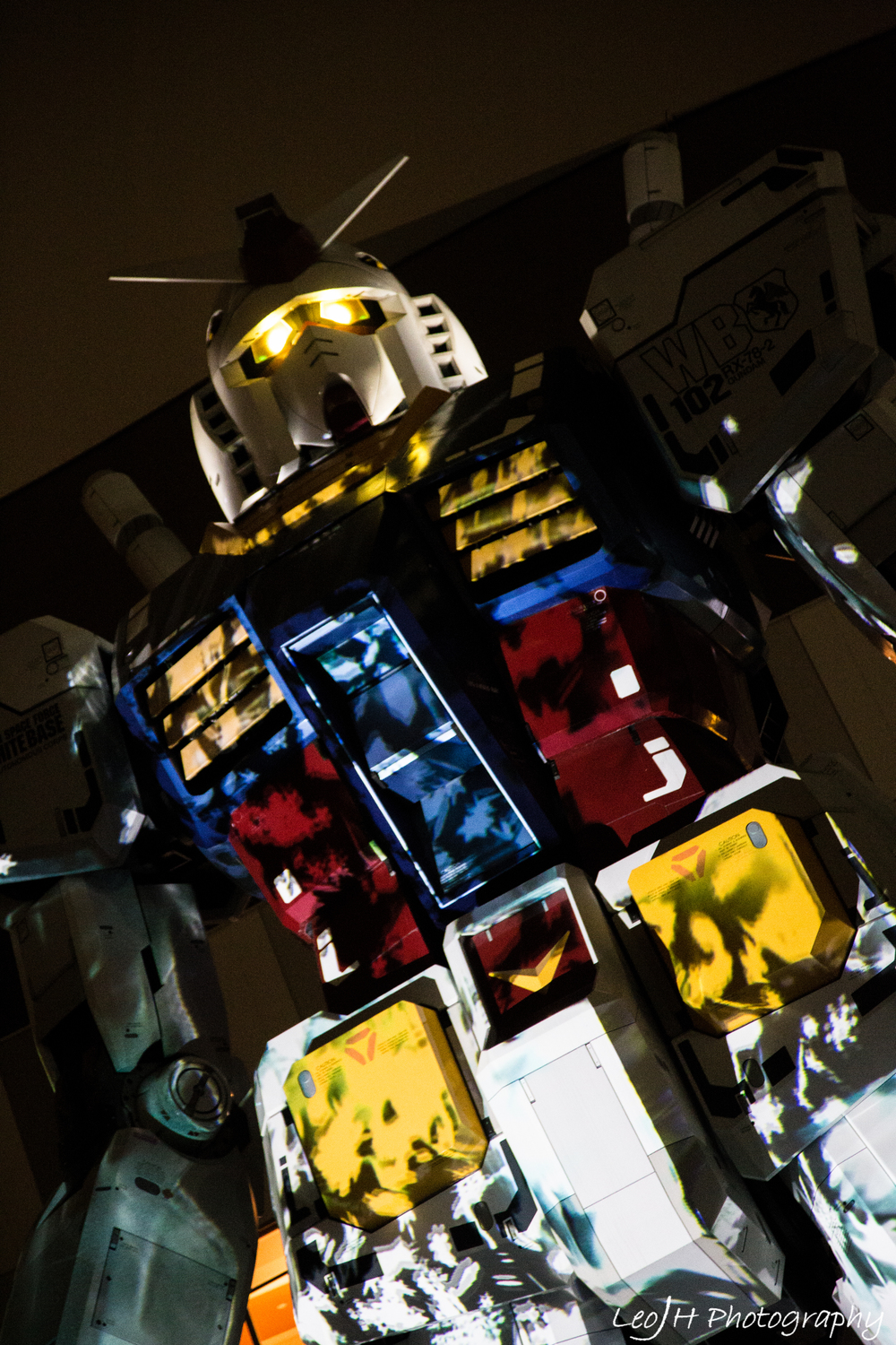Gundam model during the light show. Some of the light patterns were really intricate