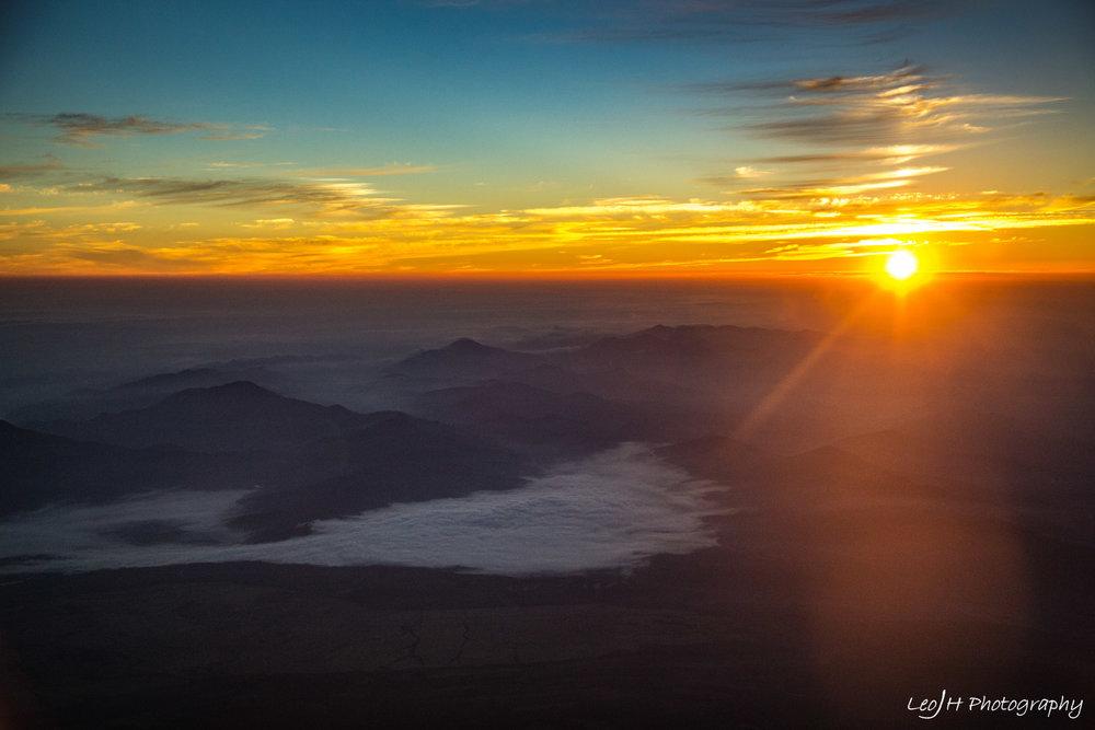 The sunrise overlooking Lake Yamanaka