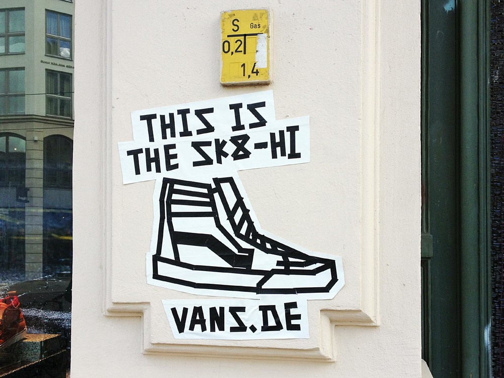 TAPE ARTWORK - VANS