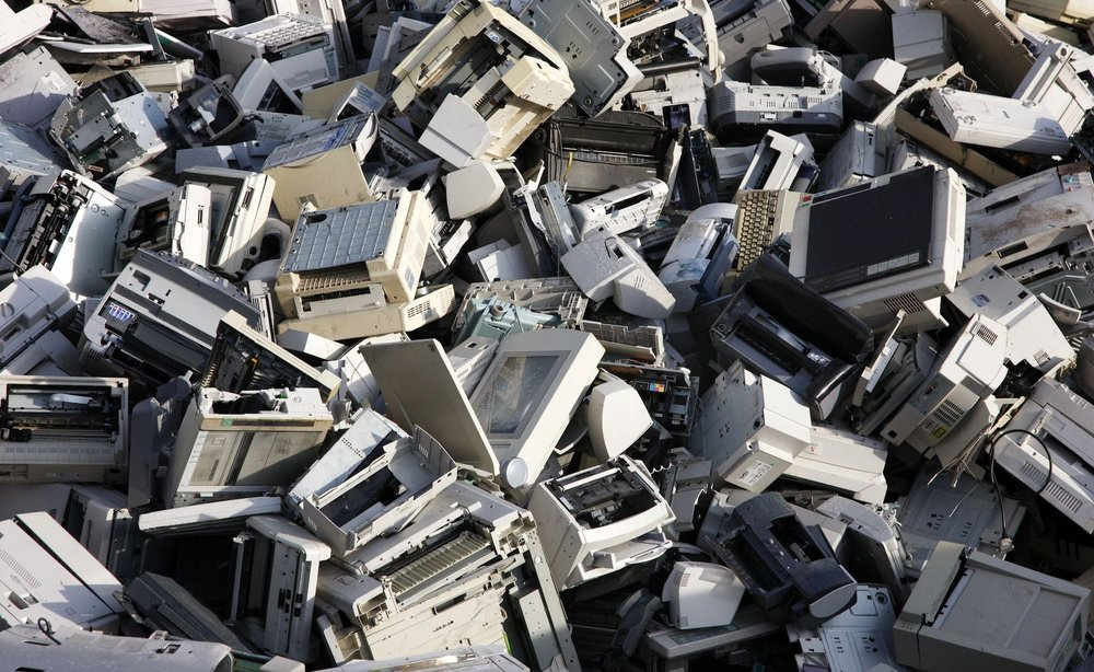 Plastic E-Waste - More and more recyclers are looking for ways to recycle plastic e-waste through innovative technologies and equipment.
