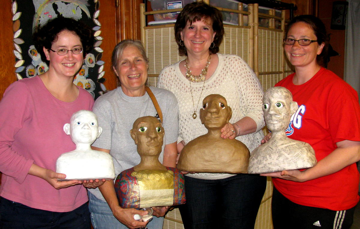 Sculpting ladies with finished heads