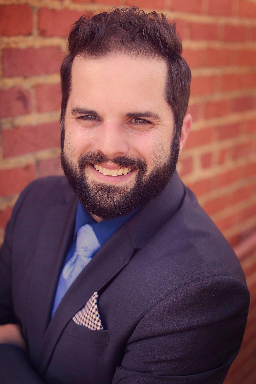 Travis Fontenot Professional Headshot.jpg