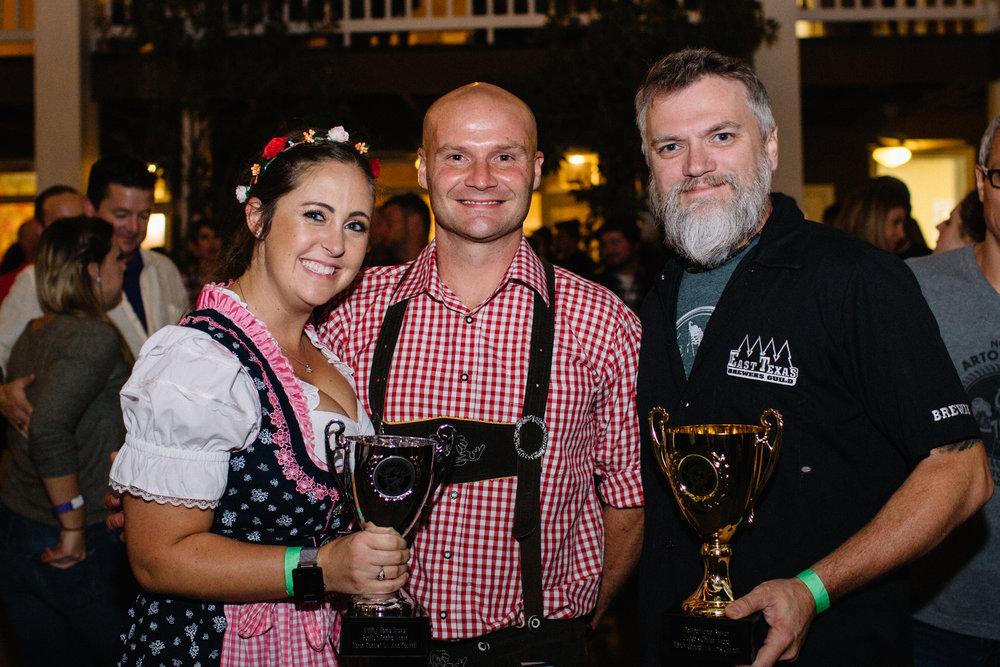 People's Choice Award Winners, Holly and Chad Hoffman and Judge's Choice Award Winner, Johnny Griffith