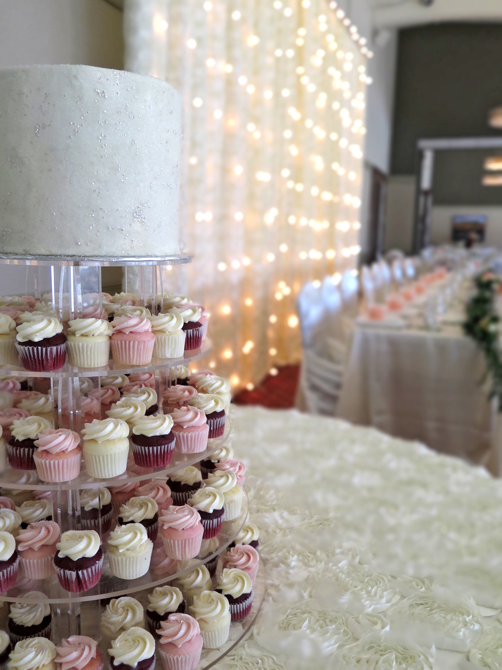 Tall Sparkly Buttercream Cake with Mini Cupcakes