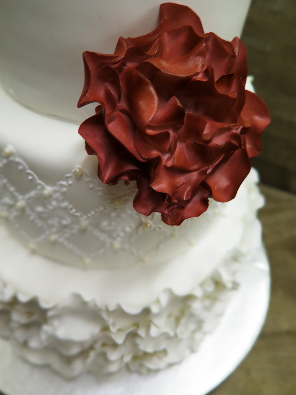 Elegant Vintage Ruffle Cake