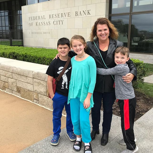 Took the kids to the Fed today!!! 🤑 meaINkc