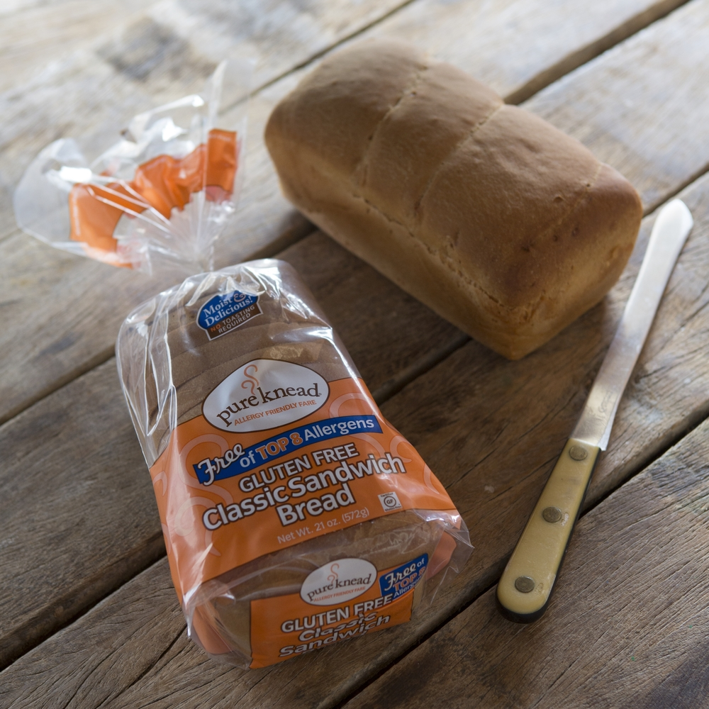 Retail Bread with knife (3).jpg
