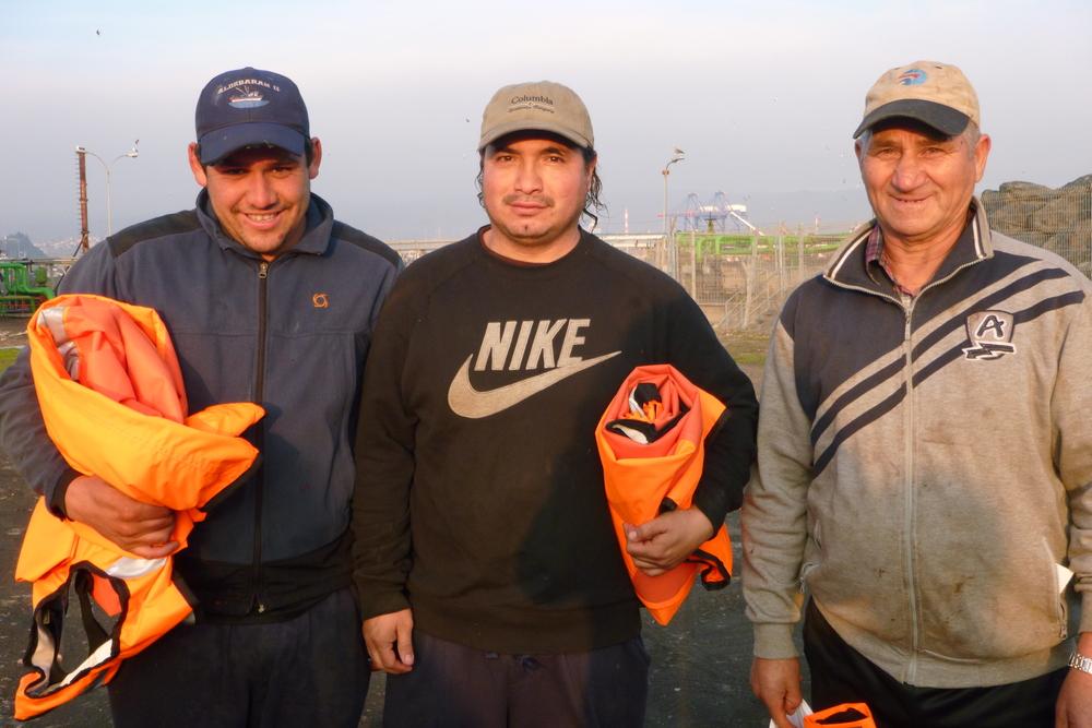 Pescadores artesanales de la caleta de Talcahuano listos para usar sus Kataix.