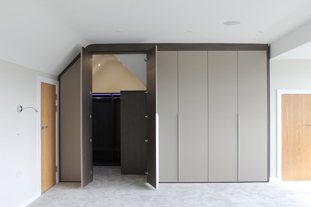 Wardrobes with Anthracite Internals