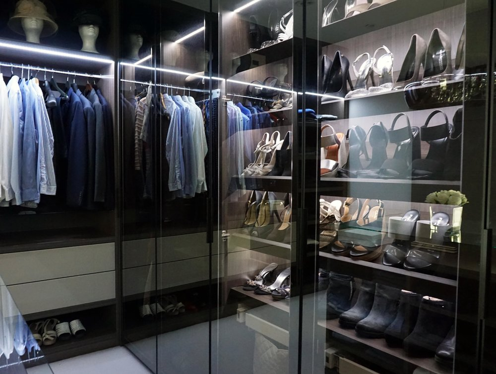 Anthracite Dressing Room (5).jpg