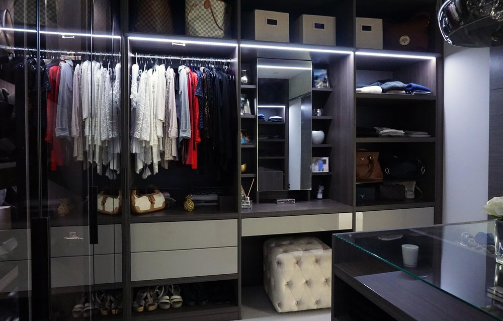 Anthracite Dressing Room (7).jpg