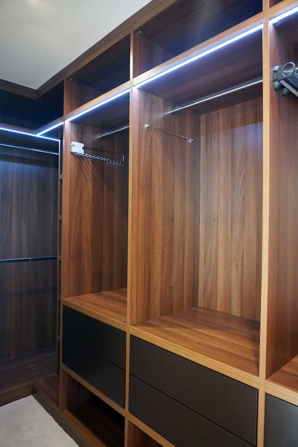Walnut Walk In - Charcoal Marr Lacquer Drawer Fronts.jpg