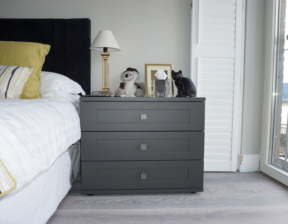 Bedside Table - Graphite Matt Lacquer with Shaker Drawer Fronts & Grey Nouvel Handles.jpg