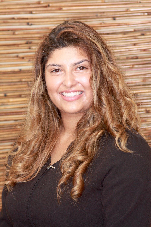 Jennifer De La Rosa – RDH – Dental Hygienist