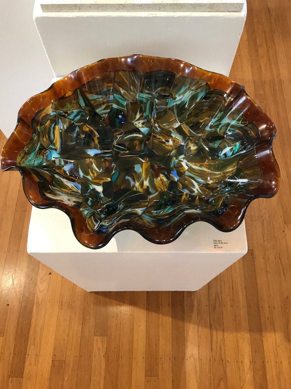 strini ruffled Honu bowl .jpg