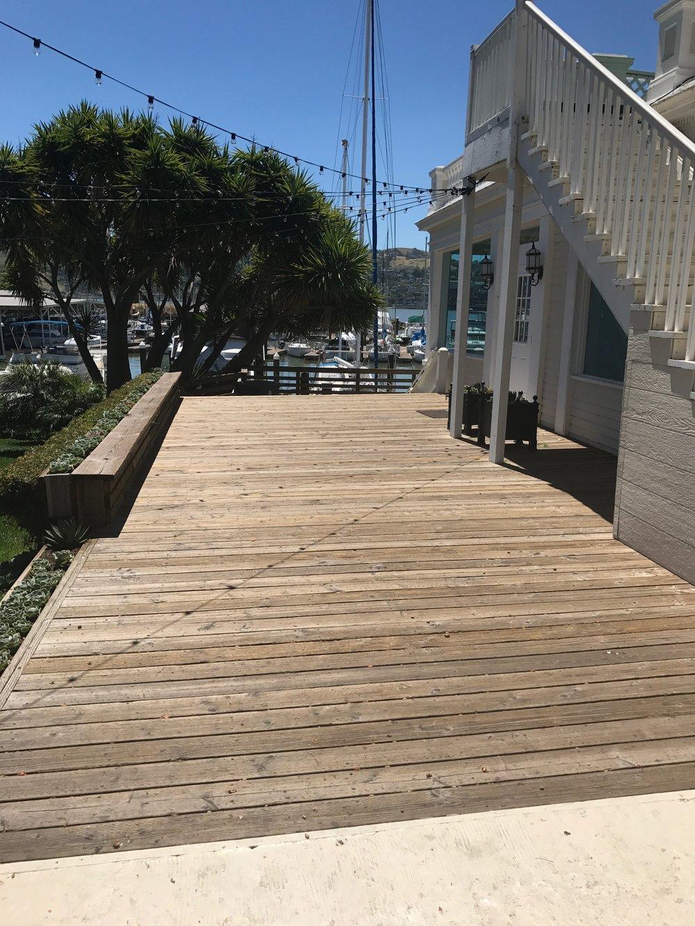 Glen_Cove_Marina_Deck.jpg