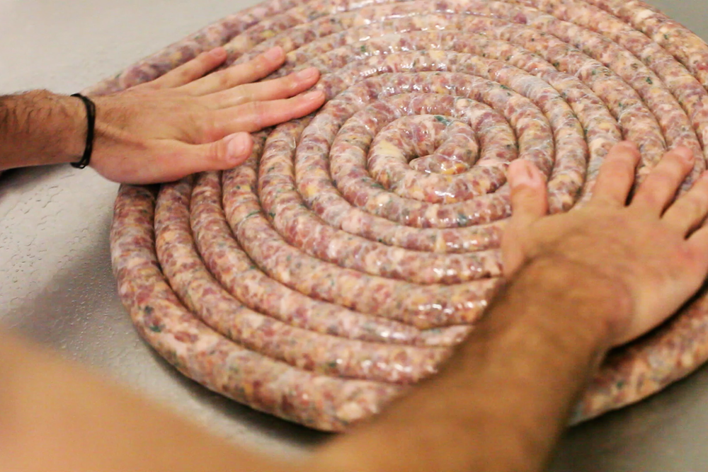 hands_on_sausage_coil.png
