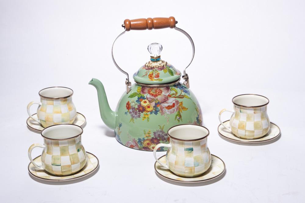 A classic but elegant tea set
