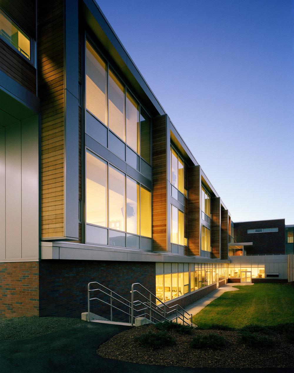 Fairfield+Middle+School_13890_Ext+Dusk+Detail+1_MR.jpg